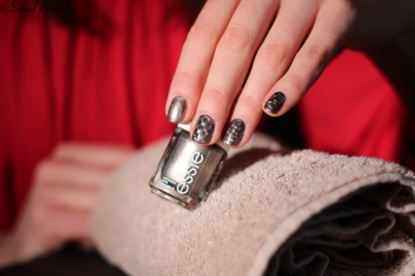 Essie magnetic nail polish in Snake, Rattle and Roll