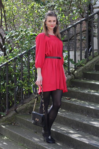 Eva from Social Beautify in Leighton Dress