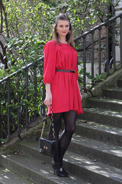 Eva from Social Beautify in Leighton Dress
