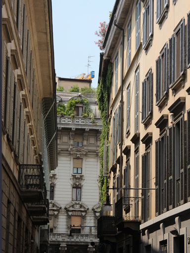 Small streets of Milan